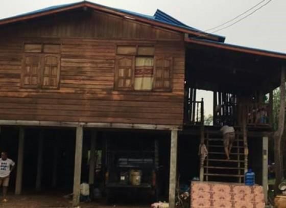 กำแพงเพชร-ชาวบ้านตำบลห้วยยั้ง ได้รับผลกระทบจากเหตุวาตภัย พายุพัดบ้านเรือนเสียหาย